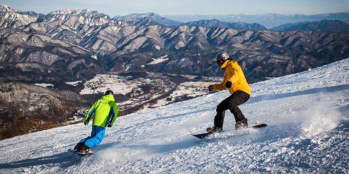 private snowboard lesson on happo-one