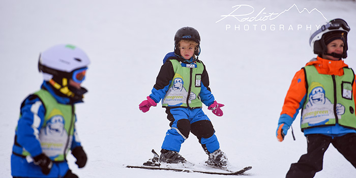 ski lessons for kids in japan